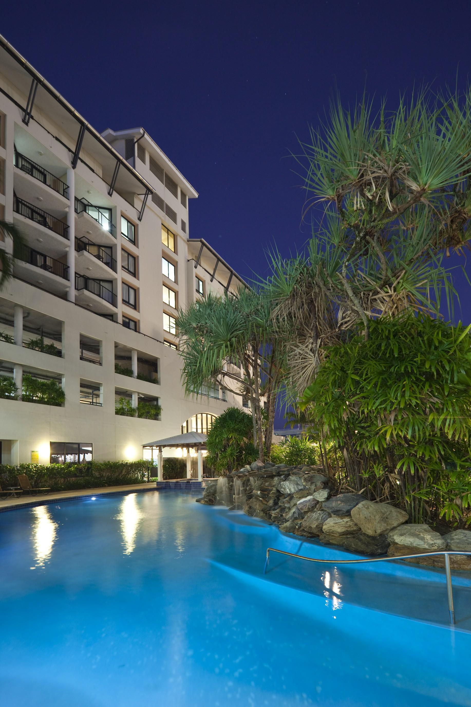 Hotel Mantra Esplanade, Cairns, Australia - Lowest Rate ...